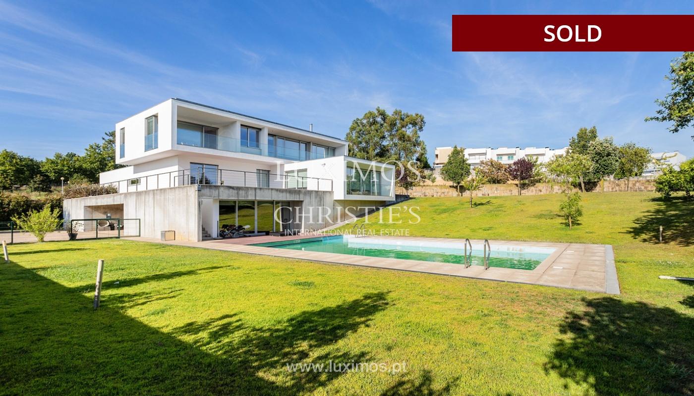 Villa de luxe avec jardin et piscine, à vendre, à Maia, Portugal_174713