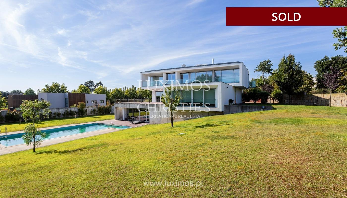 Villa de luxe avec jardin et piscine, à vendre, à Maia, Portugal_174714