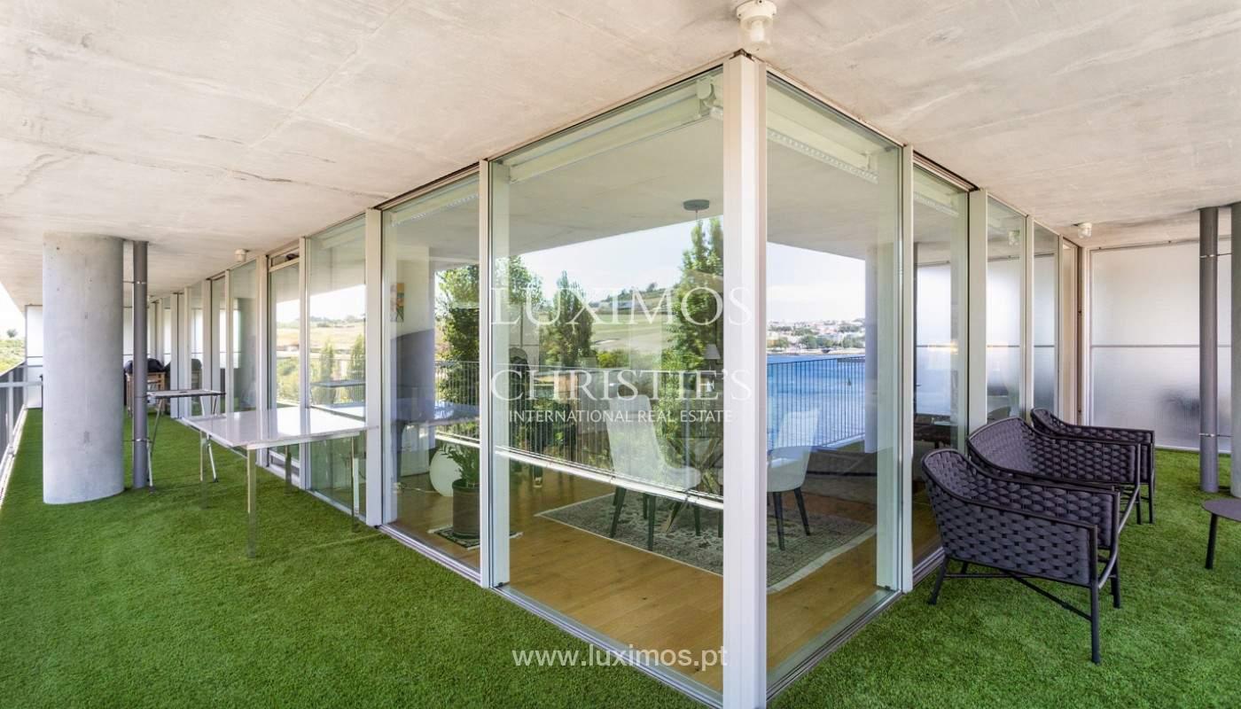 Wohnung mit Balkon in 1. Linie des Flusses, zu verkaufen, in V. N. Gaia, Portugal_176535
