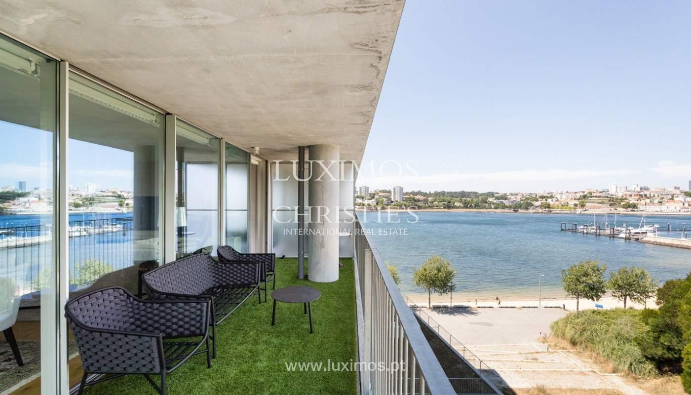 Wohnung mit Balkon in 1. Linie des Flusses, zu verkaufen, in V. N. Gaia, Portugal_176536