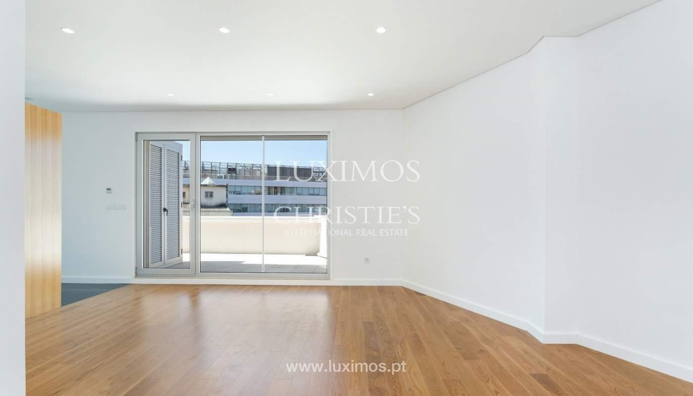 Apartment with balcony and terrace, for sale, in Boavista, Porto, Portugal_176542