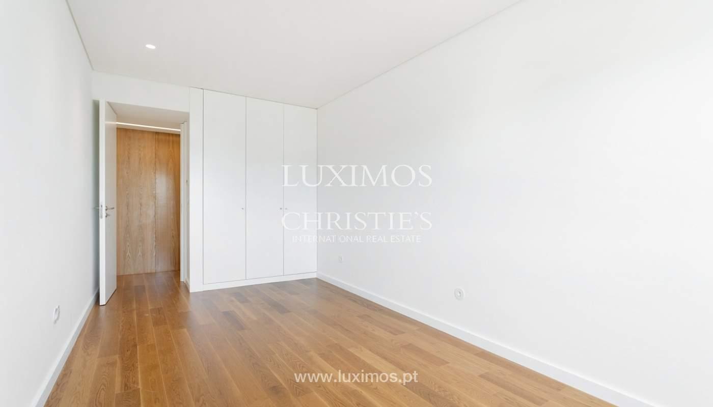 Apartment with balcony and terrace, for sale, in Boavista, Porto, Portugal_176551