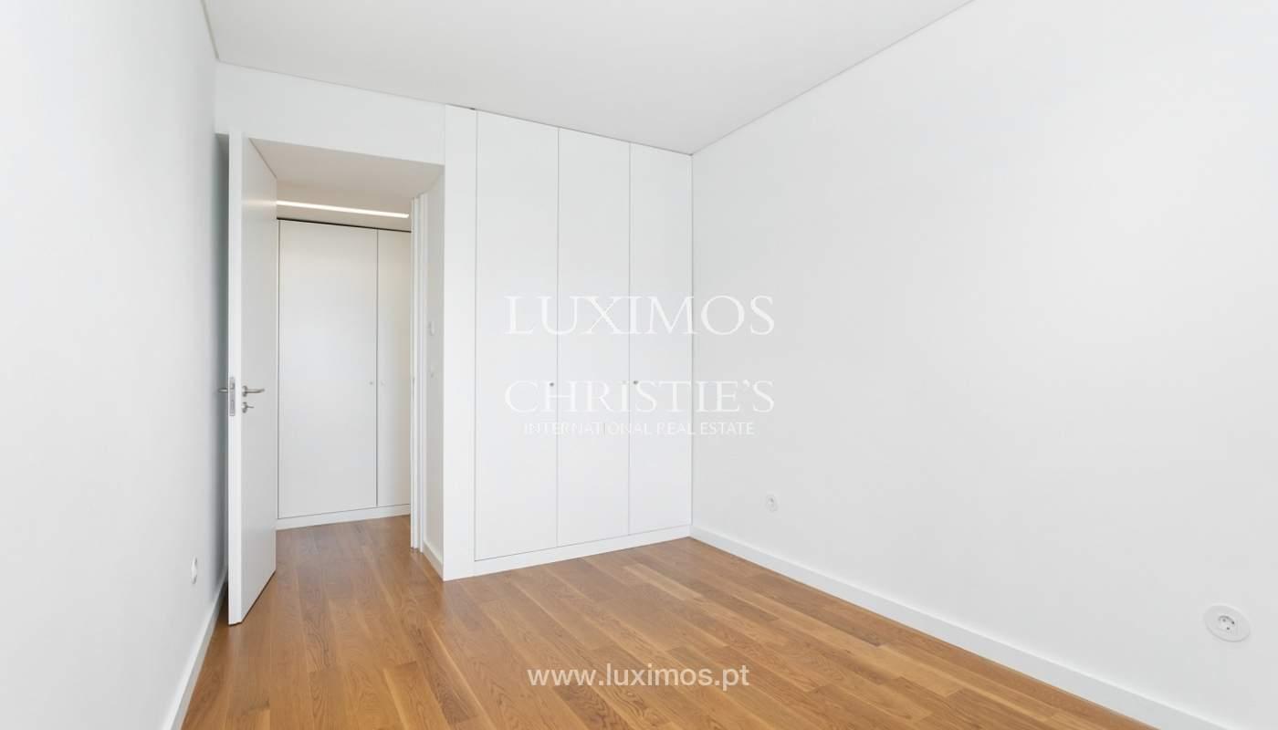 Apartment with balcony and terrace, for sale, in Boavista, Porto, Portugal_176552