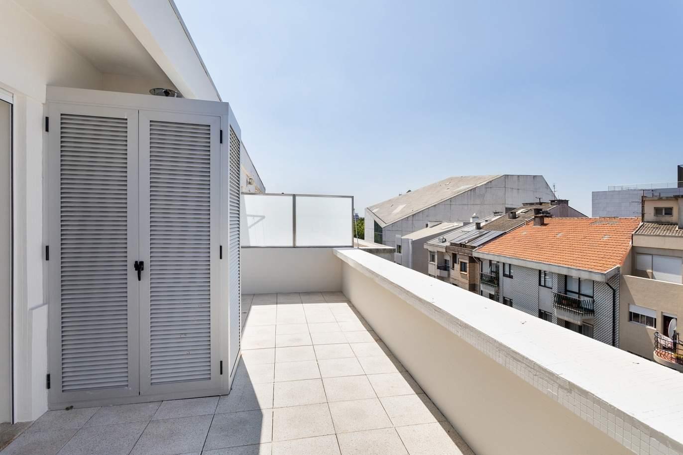apartamento-com-varanda-e-terraco-para-venda-na-boavista