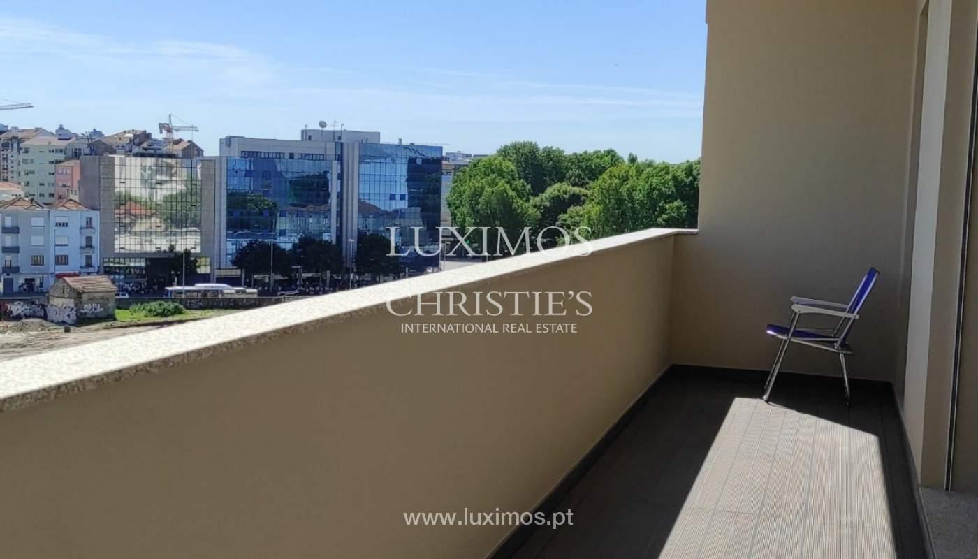 Apartment with balcony and terrace, for sale, in Boavista, Porto, Portugal_176564