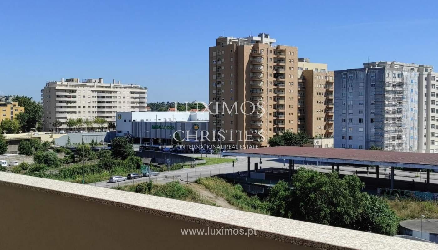 Apartment with balcony and terrace, for sale, in Boavista, Porto, Portugal_176565