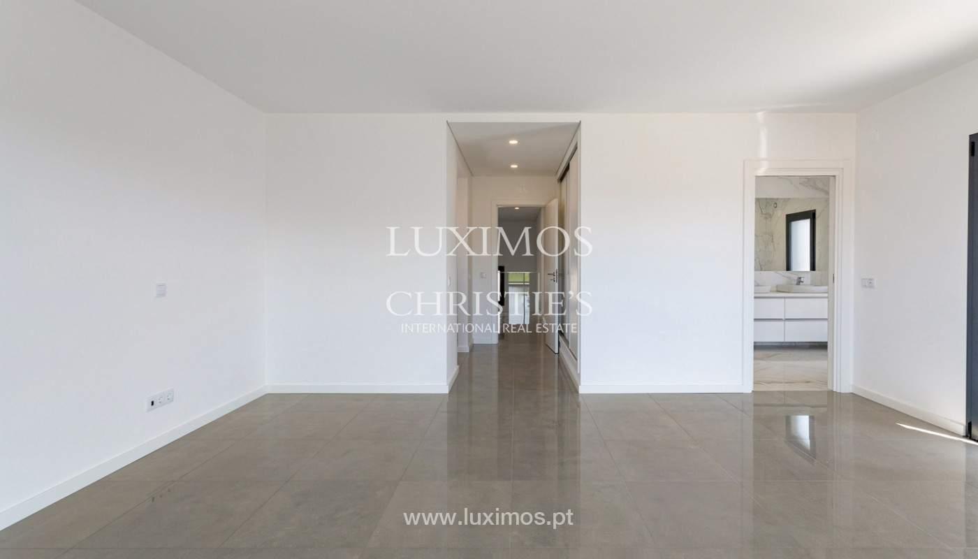 Se vende villa de 4 habitaciones con vista al mar, S. Bartolomeu, Castro Marim, Algarve_177213