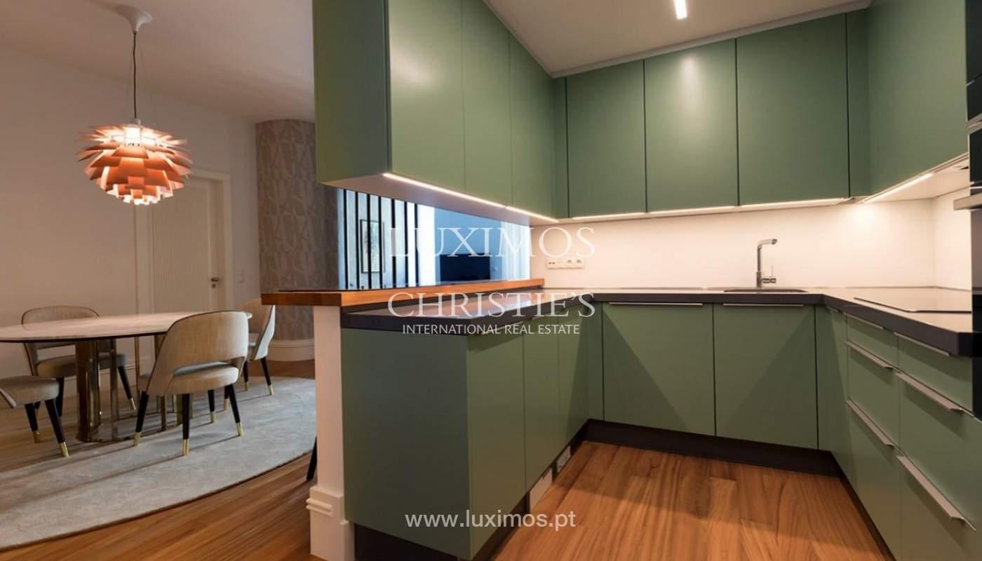 Apartamento moderno con acabados de lujo en el centro de Porto, Portugal_177235