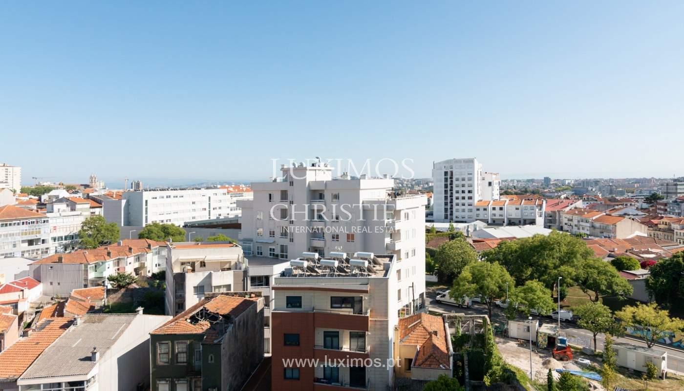 Penthouse Duplex com varanda, para venda, na Boavista, Porto_177652