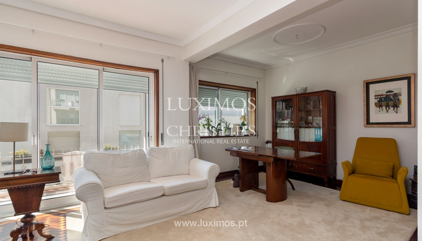4+ bedroom villa for sale, in Ramalde, Porto, Portugal_177712
