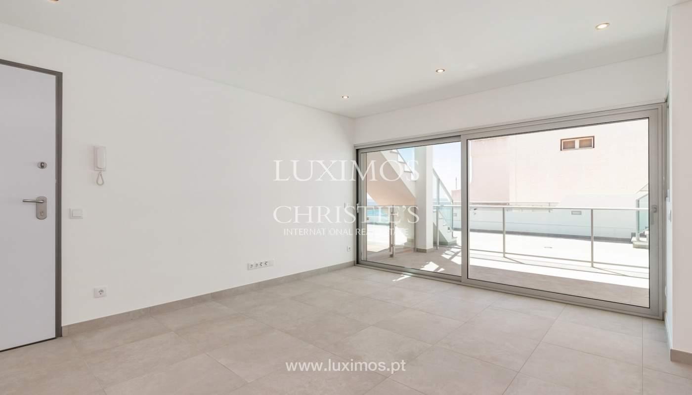 Moderno apartamento de 2 dormitorios, con vista al mar, Albufeira, Algarve_178549