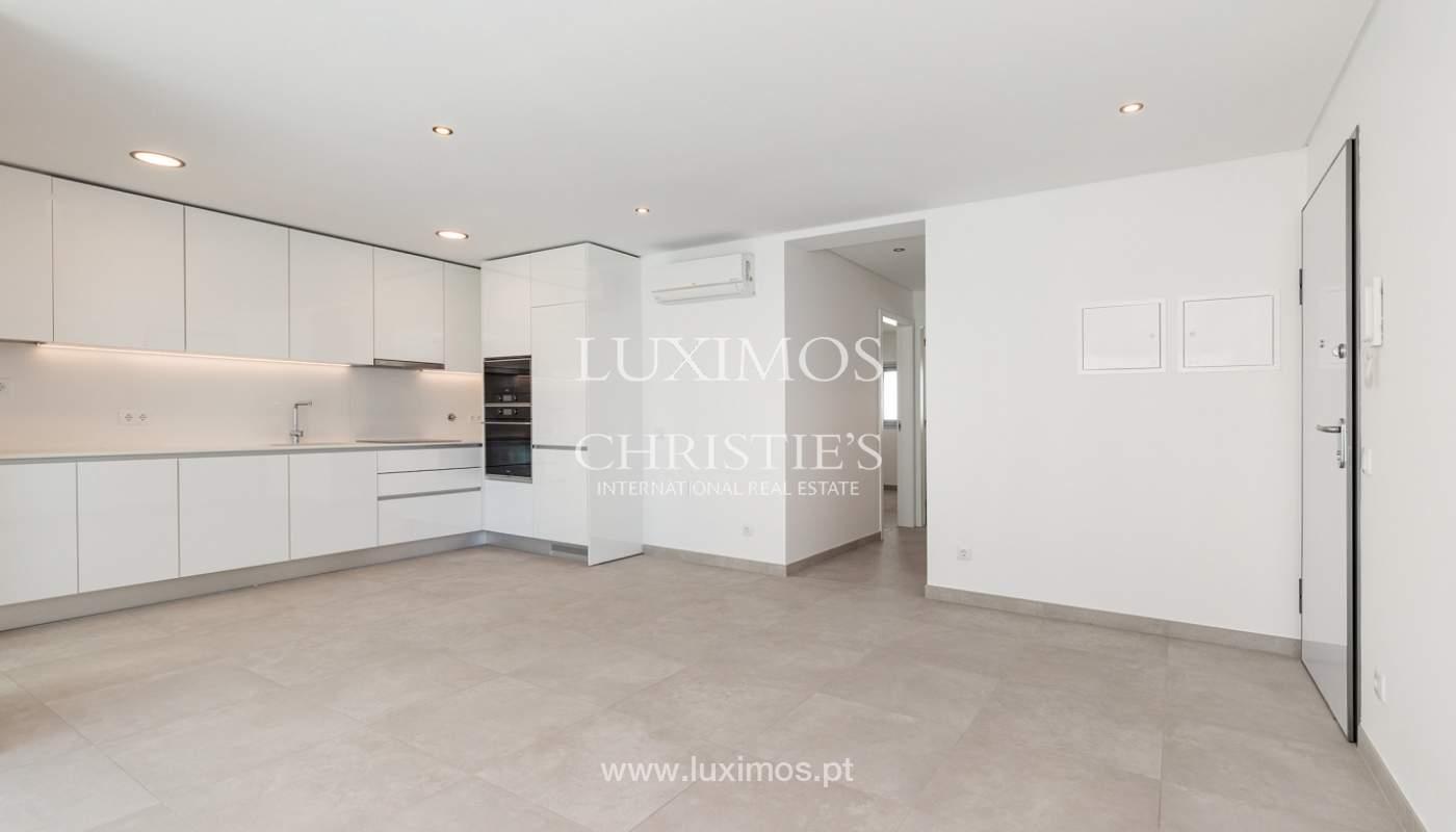 Moderno apartamento de 2 dormitorios, con vista al mar, Albufeira, Algarve_178552