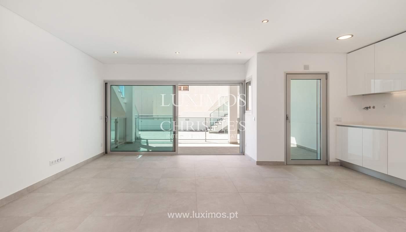 Moderno apartamento de 2 dormitorios, con vista al mar, Albufeira, Algarve_178553