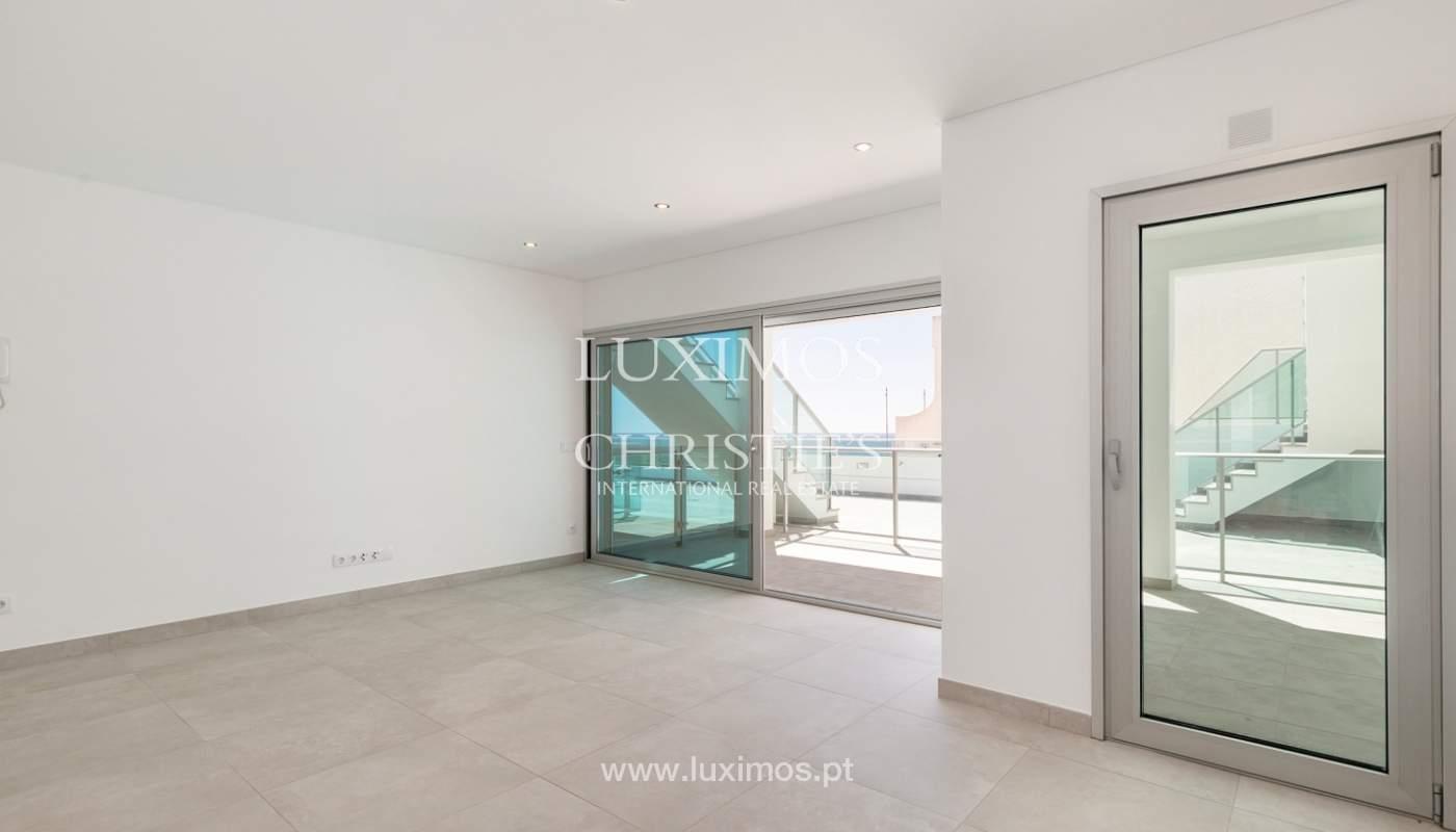 Moderno apartamento de 2 dormitorios, con vista al mar, Albufeira, Algarve_178554