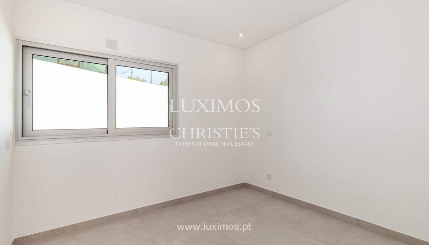 Moderno apartamento de 2 dormitorios, con vista al mar, Albufeira, Algarve_178558