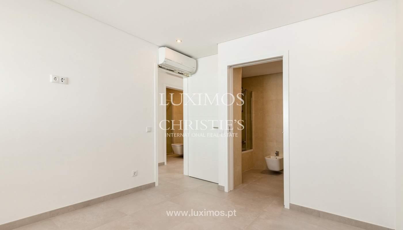 Moderno apartamento de 2 dormitorios, con vista al mar, Albufeira, Algarve_178562