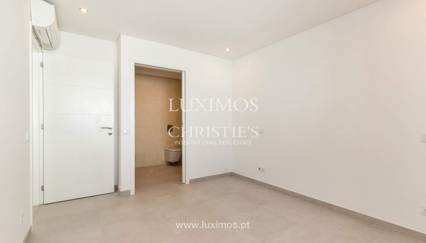 Moderno apartamento de 2 dormitorios, con vista al mar, Albufeira, Algarve_178565