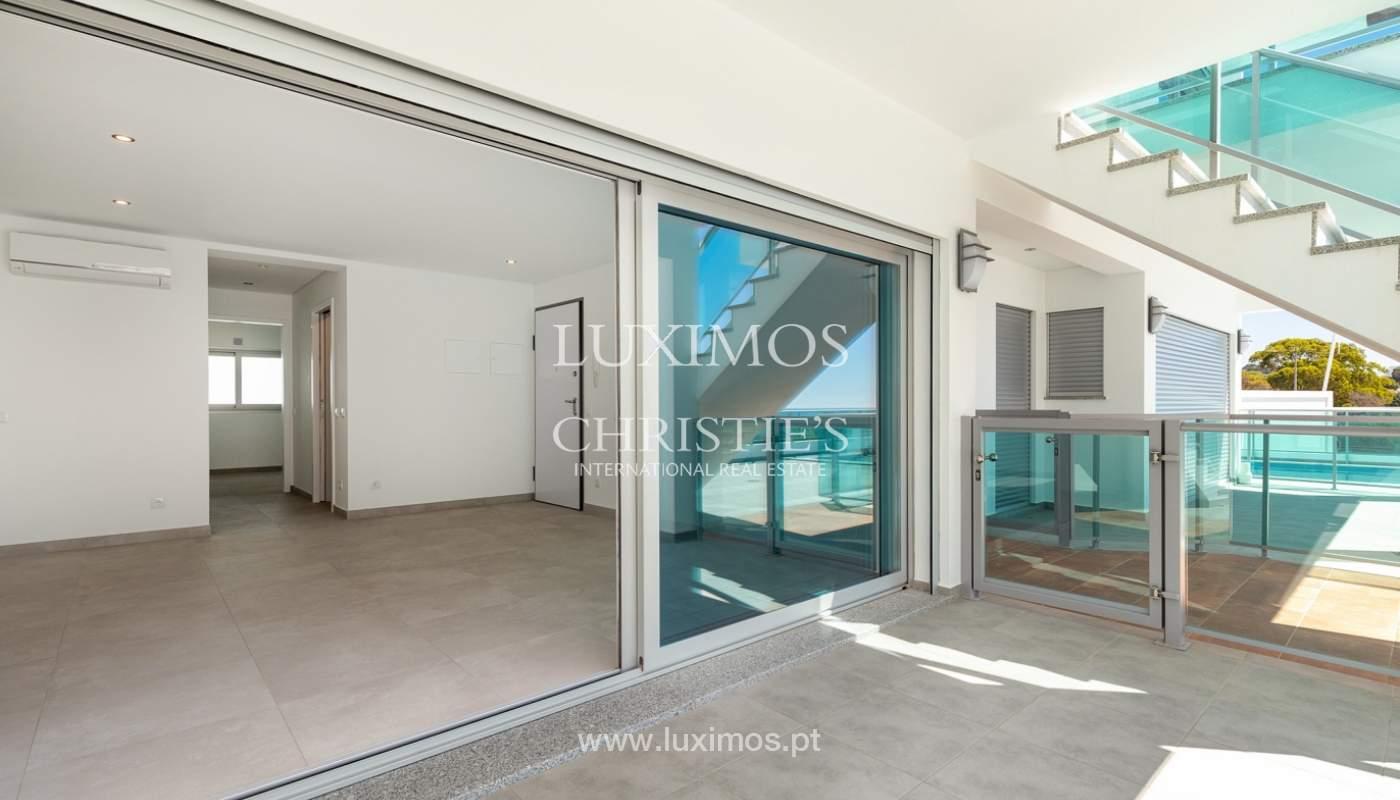 Moderno apartamento de 2 dormitorios, con vista al mar, Albufeira, Algarve_178569