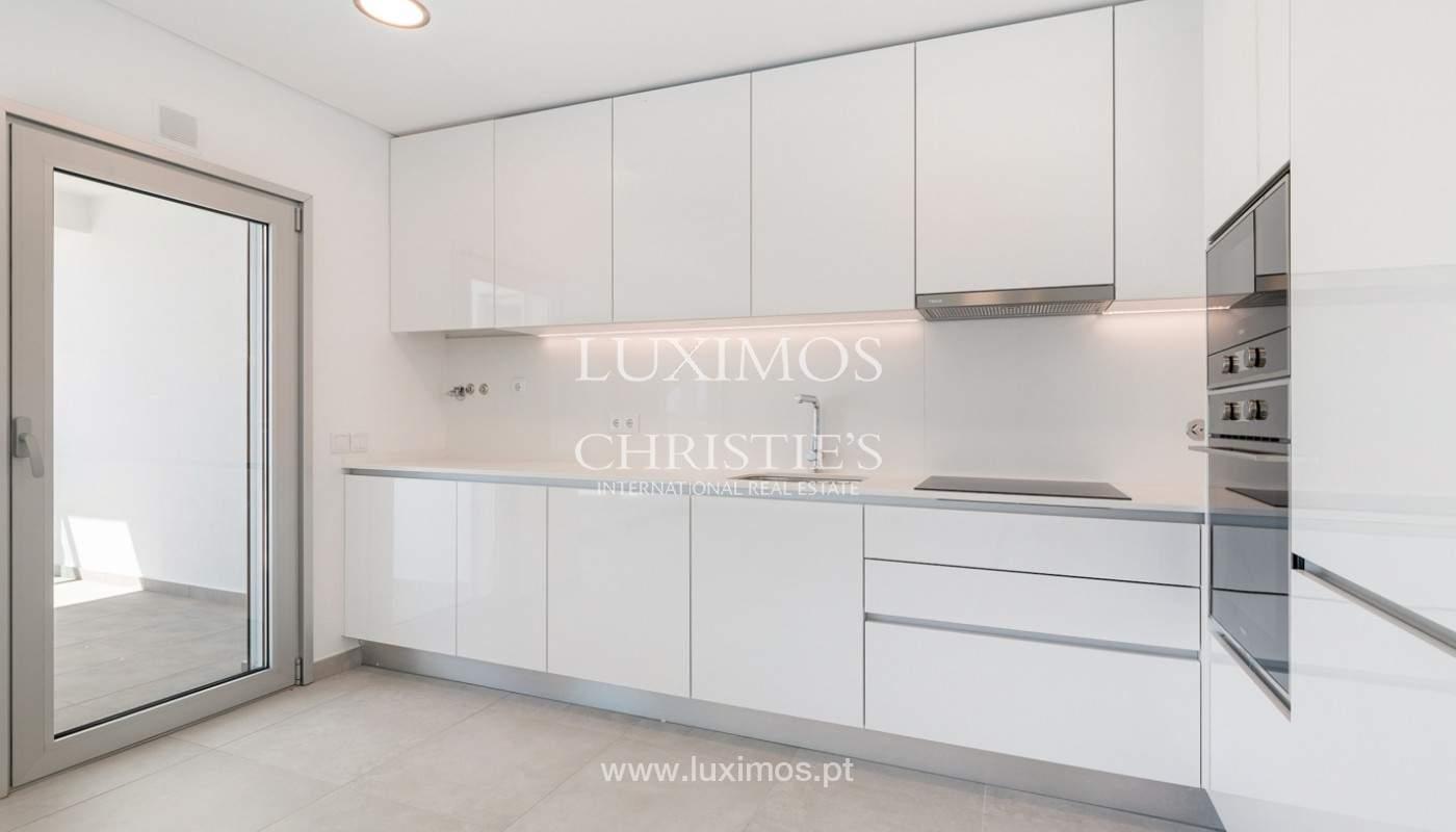 Moderno apartamento de 2 dormitorios, Albufeira, Algarve_178575