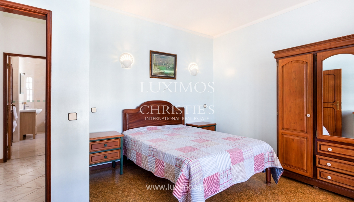 4 bedroom villa with swimming pool, next to the Golf, Vilamoura, Algarve_178656
