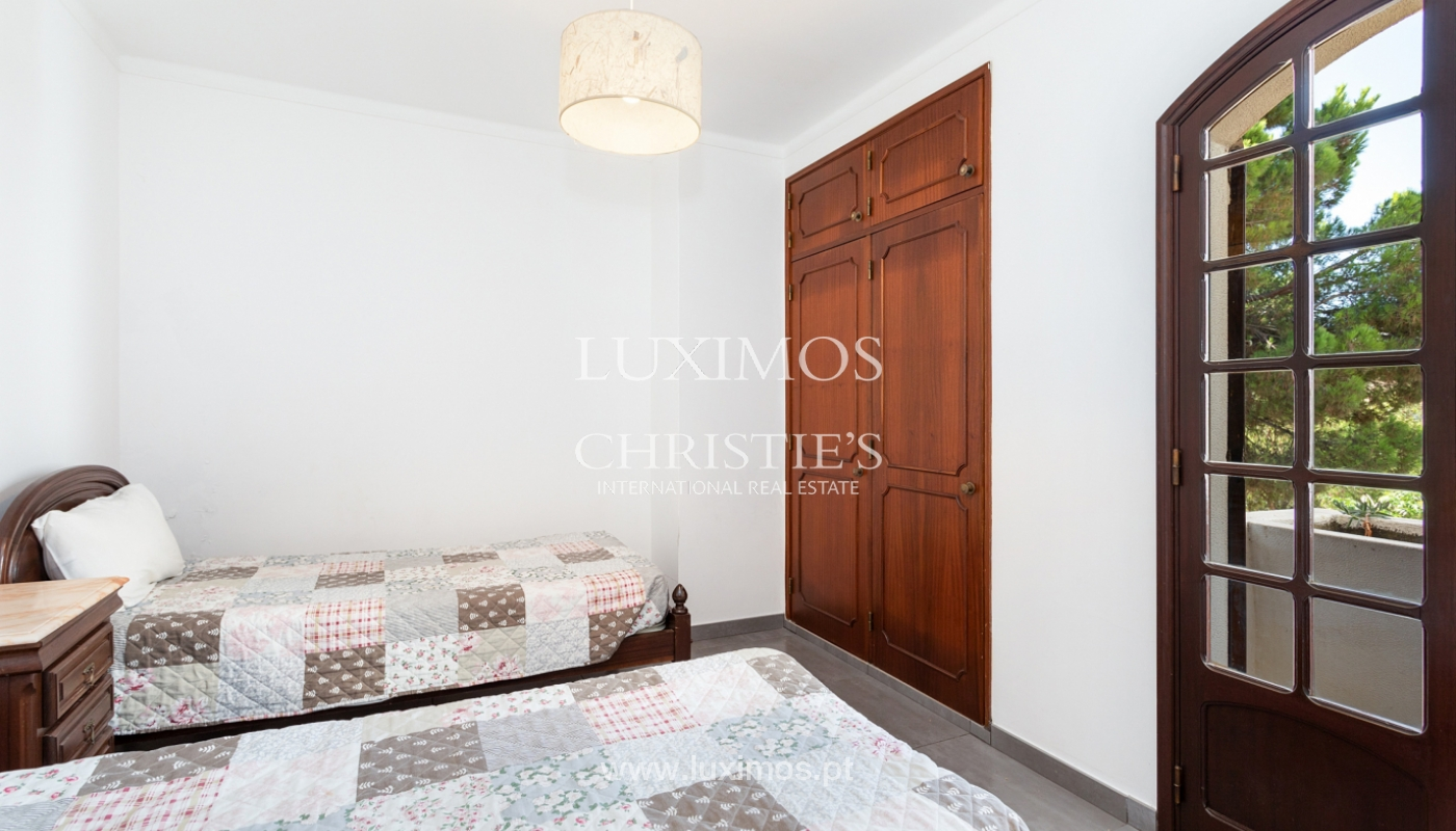 4 bedroom villa with swimming pool, next to the Golf, Vilamoura, Algarve_178666