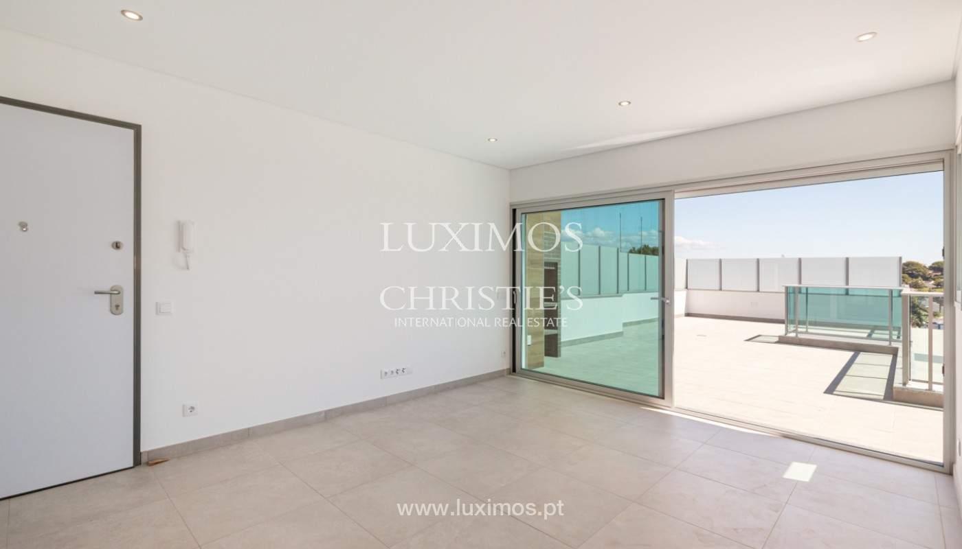 Moderno apartamento de 2 dormitorios, con vista al mar, Albufeira, Algarve_179140