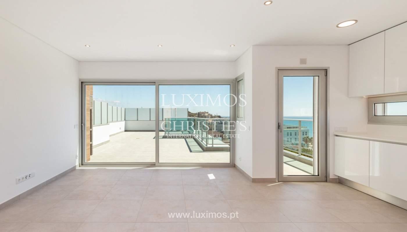 Moderno apartamento de 2 dormitorios, con vista al mar, Albufeira, Algarve_179141