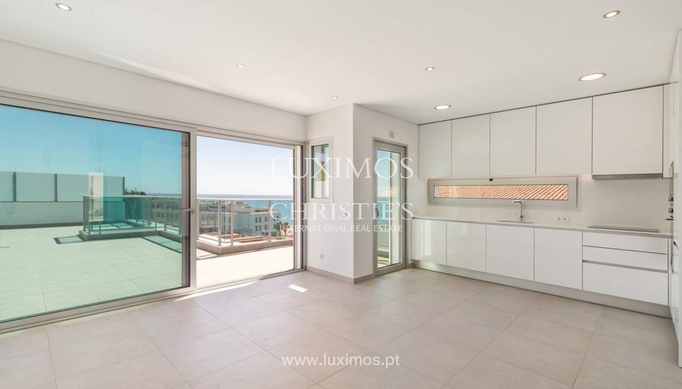 Moderno apartamento de 2 dormitorios, con vista al mar, Albufeira, Algarve_179144