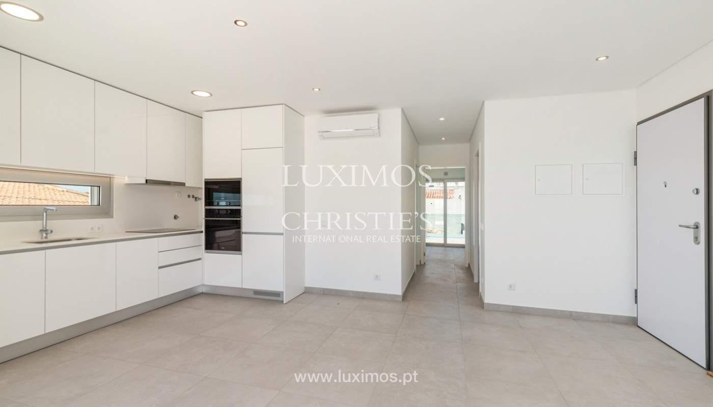 Moderno apartamento de 2 dormitorios, con vista al mar, Albufeira, Algarve_179145