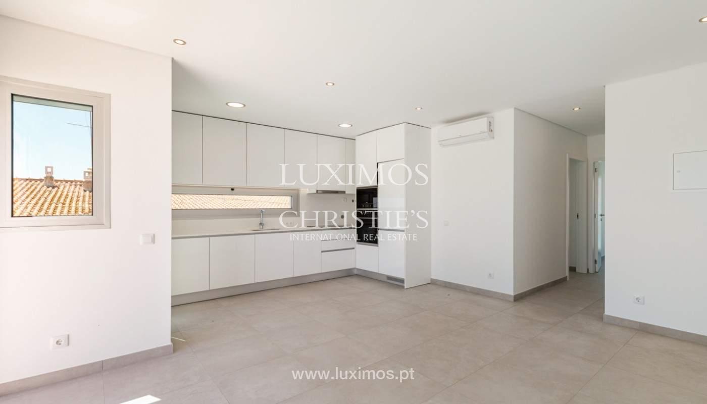 Moderno apartamento de 2 dormitorios, con vista al mar, Albufeira, Algarve_179149