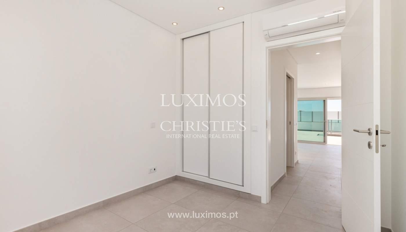 Moderno apartamento de 2 dormitorios, con vista al mar, Albufeira, Algarve_179150