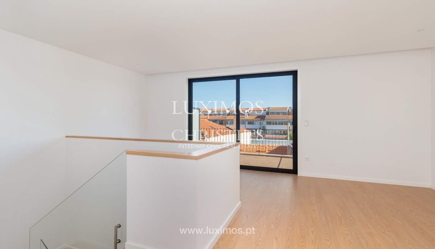New 4 bedroom house with garden, for sale, in Boavista, Porto, Portugal_179600