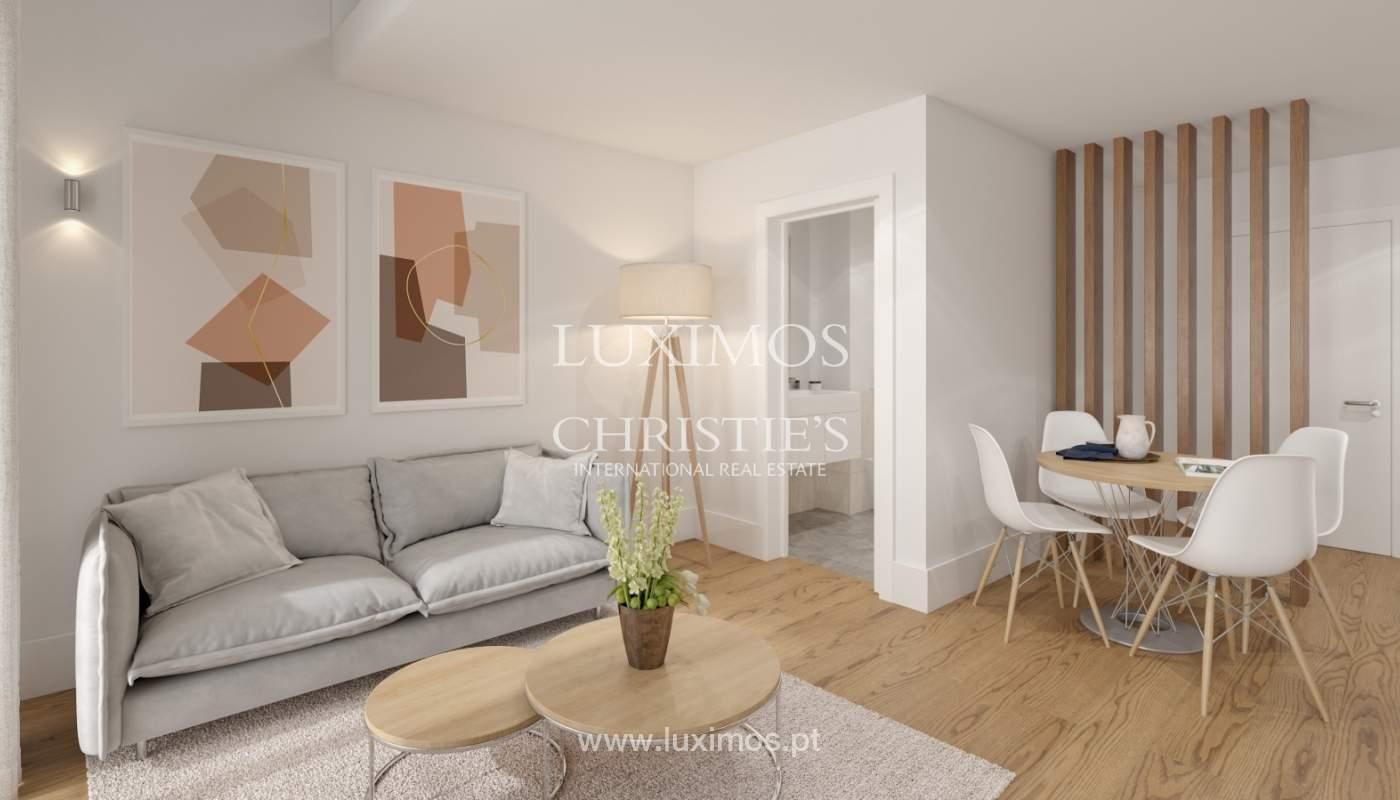 Apartamento novo com mezzanine e varanda, para venda, em V. N. Gaia_179886