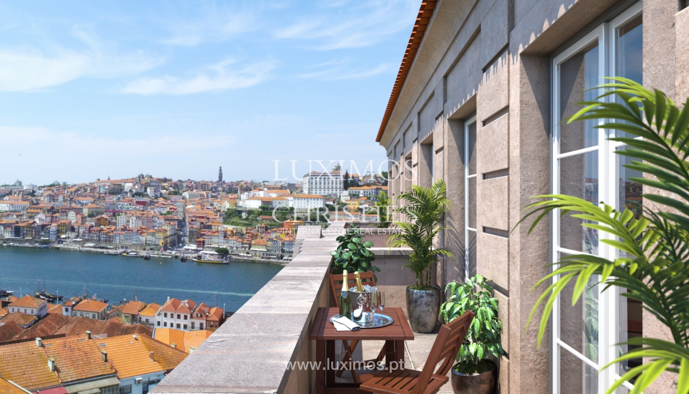 Apartamento novo com mezzanine e varanda, para venda, em V. N. Gaia_179889
