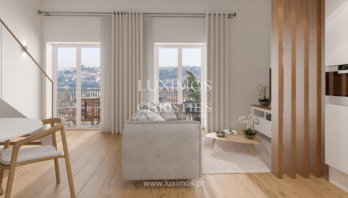 Piso nuevo con altillo y balcón, en venta, en V. N. Gaia, Portugal_179895