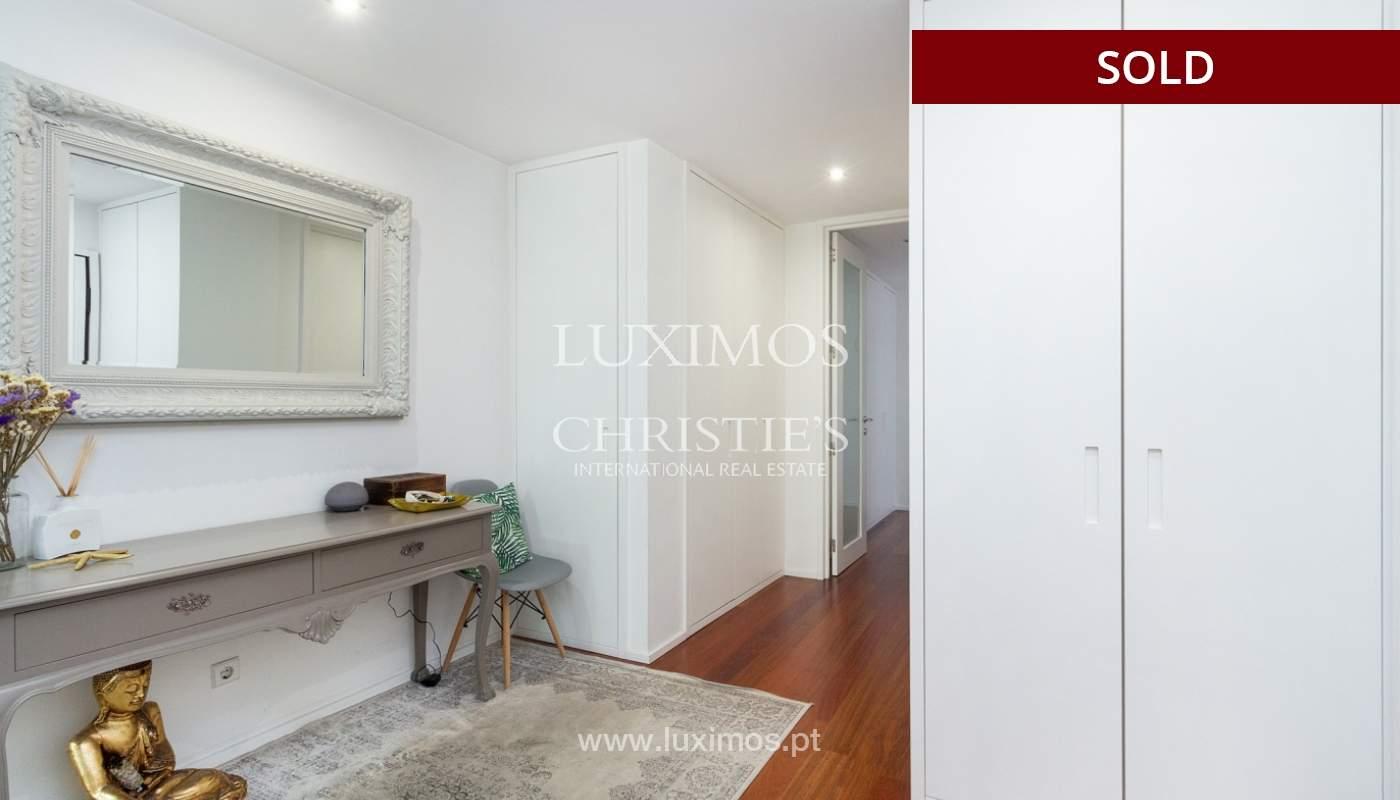 3-Zimmer-Wohnung mit Fluss- und Meerblick, zu verkaufen, in Lordelo do Ouro, Porto, Portugal_180045