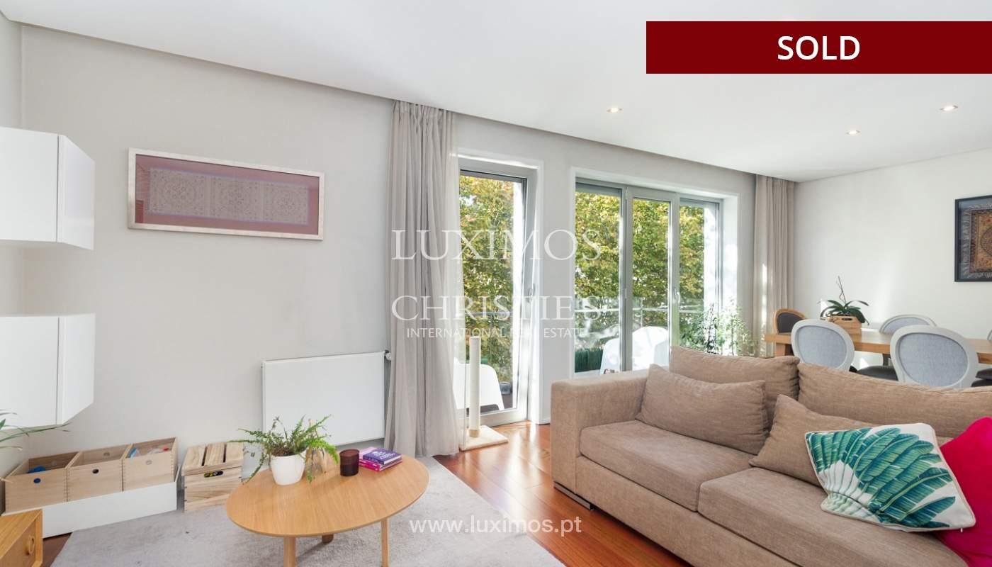3-Zimmer-Wohnung mit Fluss- und Meerblick, zu verkaufen, in Lordelo do Ouro, Porto, Portugal_180046