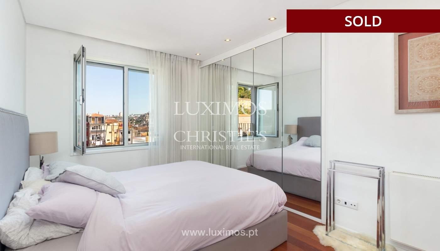 3-Zimmer-Wohnung mit Fluss- und Meerblick, zu verkaufen, in Lordelo do Ouro, Porto, Portugal_180052