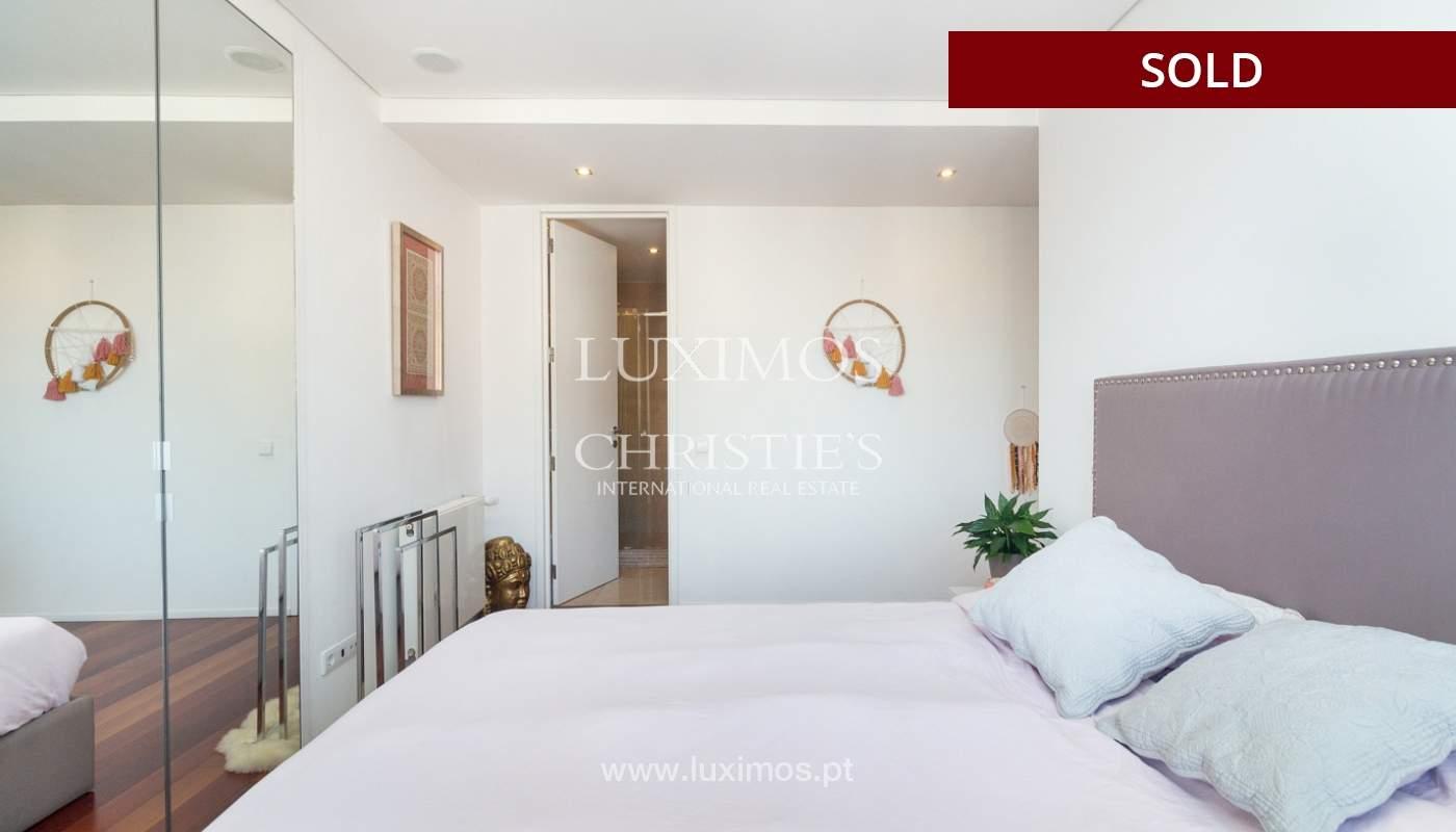 3-Zimmer-Wohnung mit Fluss- und Meerblick, zu verkaufen, in Lordelo do Ouro, Porto, Portugal_180053