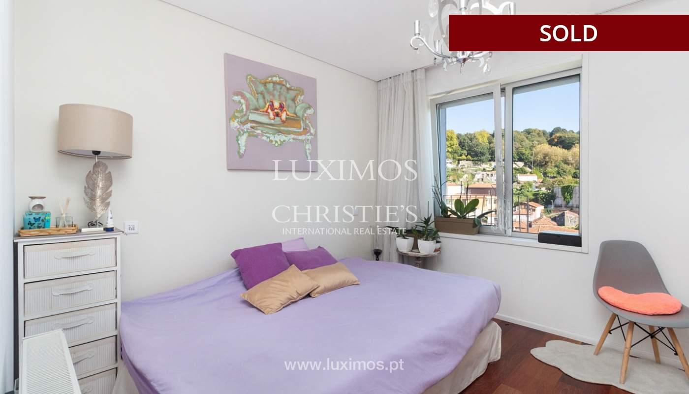 3-Zimmer-Wohnung mit Fluss- und Meerblick, zu verkaufen, in Lordelo do Ouro, Porto, Portugal_180054