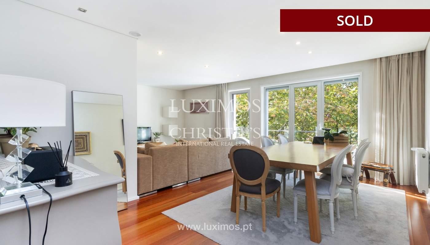 3-Zimmer-Wohnung mit Fluss- und Meerblick, zu verkaufen, in Lordelo do Ouro, Porto, Portugal_180058