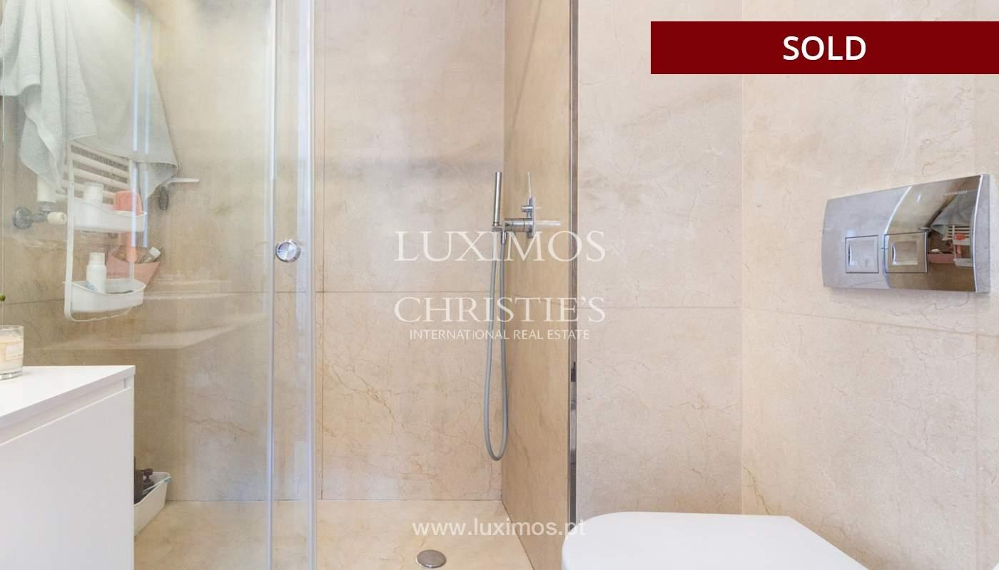 3-Zimmer-Wohnung mit Fluss- und Meerblick, zu verkaufen, in Lordelo do Ouro, Porto, Portugal_180060
