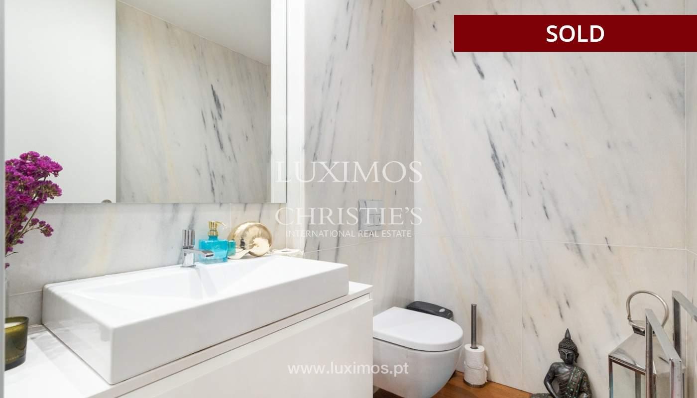 3-Zimmer-Wohnung mit Fluss- und Meerblick, zu verkaufen, in Lordelo do Ouro, Porto, Portugal_180063