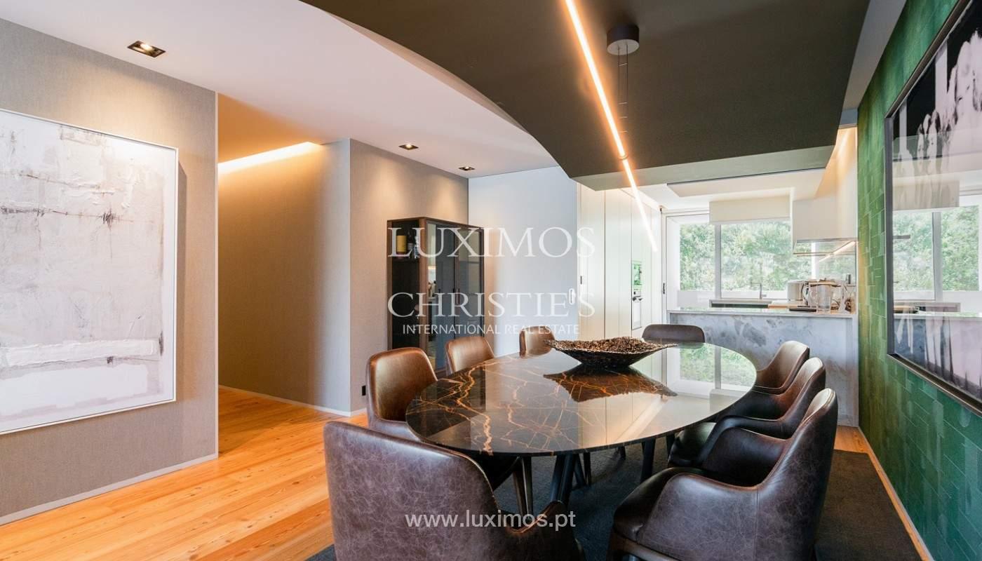 Sale of luxury apartment with river views, V. N. Gaia, Porto, Portugal_180204