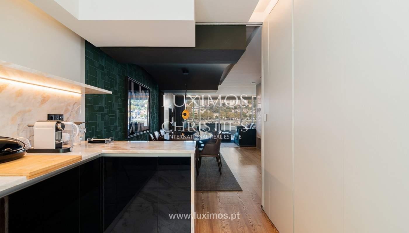 Sale of luxury apartment with river views, V. N. Gaia, Porto, Portugal_180213