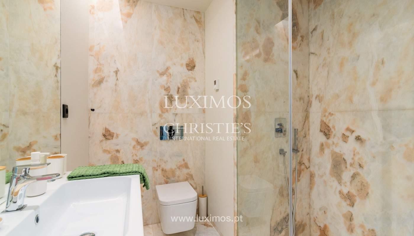 Sale of luxury apartment with river views, V. N. Gaia, Porto, Portugal_180217