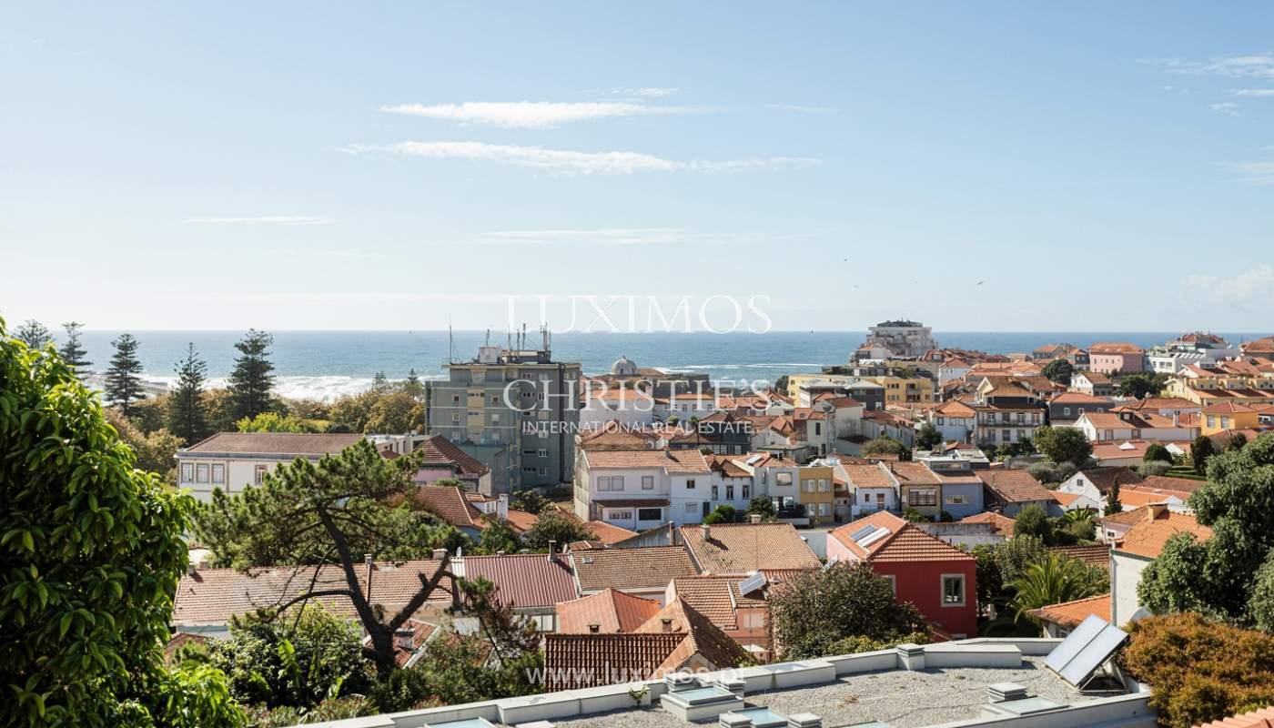 Moradia de 4 frentes, com vistas mar, para venda, na Foz do Douro_180287