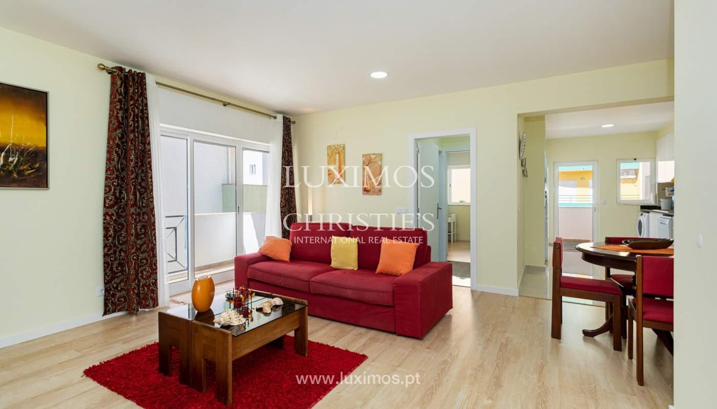 4 bedroom apartment on the 1st line of Armação de Pêra Beach, Algarve_180383