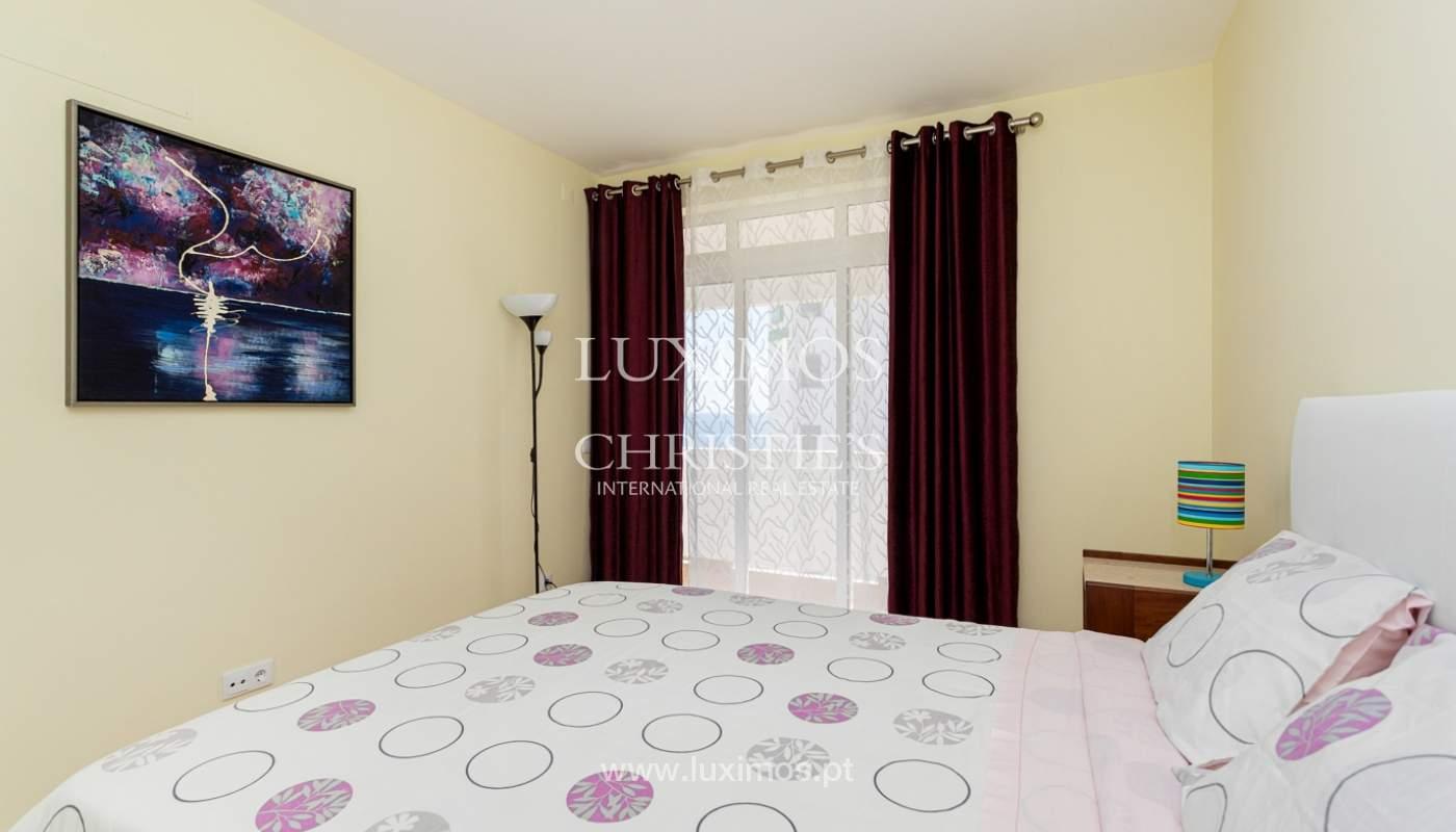 4 bedroom apartment on the 1st line of Armação de Pêra Beach, Algarve_180390