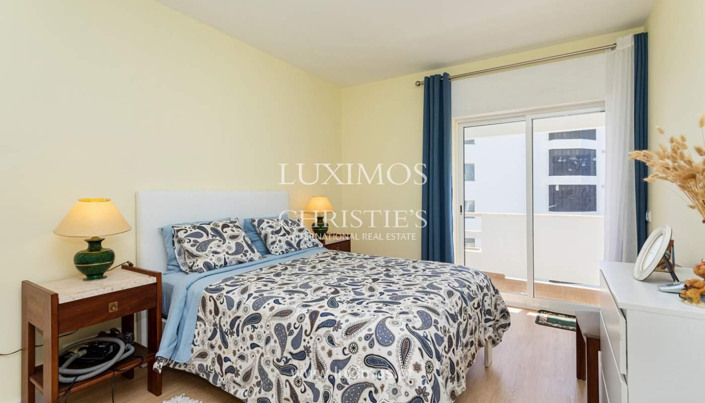 4 bedroom apartment on the 1st line of Armação de Pêra Beach, Algarve_180391